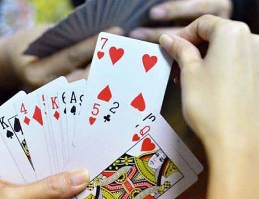 cách chơi bài tiến lên luôn thắng